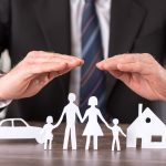 The Difference Between an Insurance Agent and Adjuster